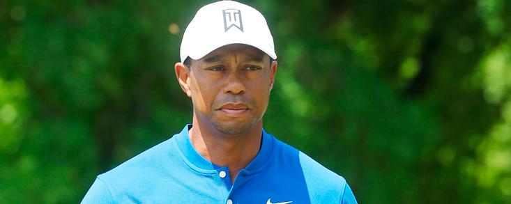 Tiger Woods suma su primer punto
