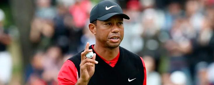 Tiger Woods, a siete hoyos de conseguir su victoria número 82