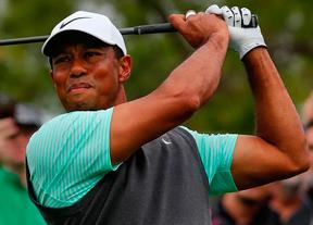 Tiger Woods se deja llevar