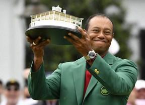 Las mejores imágenes de la quinta victoria de Tiger Woods en su torneo favorito