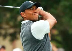 Tiger, contento por comenzar bajo par (-1) en Pebble Beach