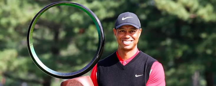Tiger Woods consigue en Japón su victoria número 82 del PGA Tour