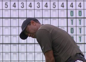 Tiger Woods reivindica su corona con 68 golpes