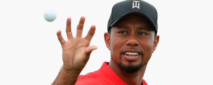 Tiger Woods sube 248 puestos