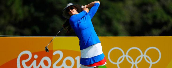 María Verchenova, hoyo en uno y 62 golpes