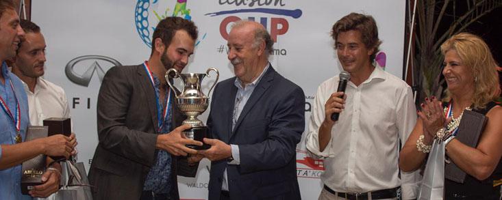 España gana en Panamá con la ayuda de Vicente del Bosque