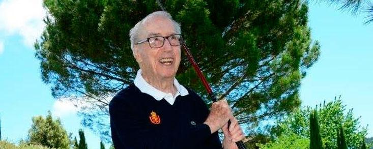 Javier Vidal, hoyo en uno a los 97 años