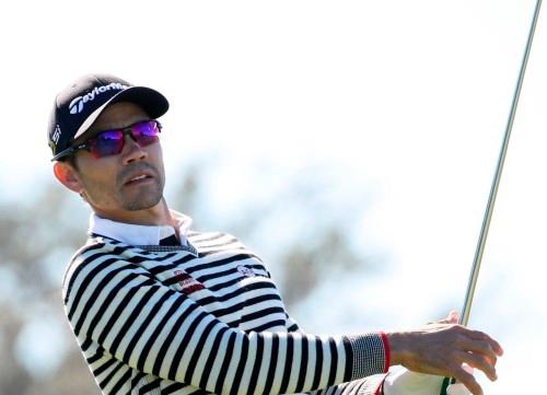 Camilo Villegas vuelve a la competición 21 meses después