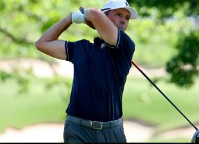 El KichenAid Senior PGA Championship sigue con problemas para completar la jornada