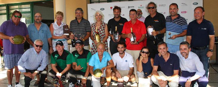 Bonalba vive toda la magia de Jaguar Land Rover en una gran jornada de golf