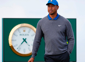 Tiger Woods (+6) lo intenta pero se queda lejos del objetivo