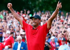 Woods gana la final de la FedEx Cup poniendo fin a una pesadilla de cinco años