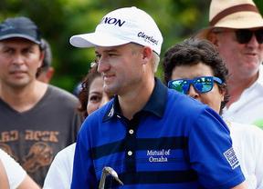 McDowell y Knox colíderes en México en espera de la finalización del torneo este lunes