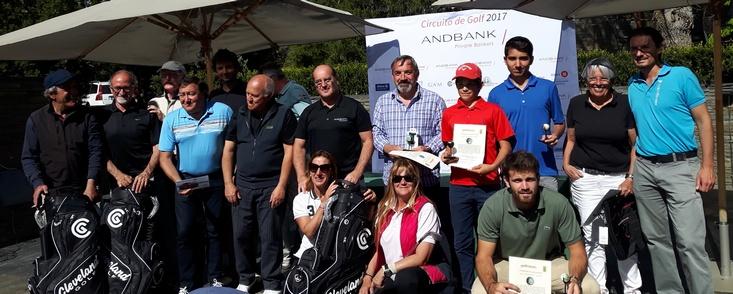 Noventa jugadores disfrutaron al máximo en el R.C.G. de San Sebastián
