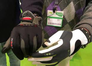 Zoom, el guante de talla universal para todos los jugadores