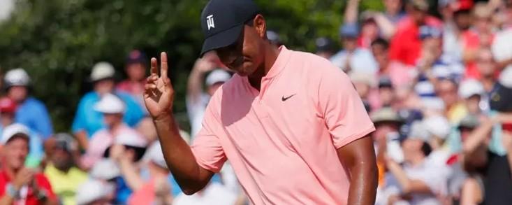 Woods y Fowler lideran el último torneo de la temporada del PGA Tour con cinco bajo par con Jon Rahm a tres golpes