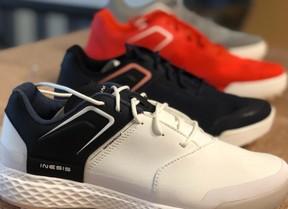 Decathlon presenta sus nuevos zapatos y bolsas para la próxima temporada