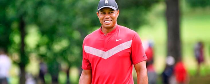 Tiger Woods espera volver a jugar en octubre en Japón